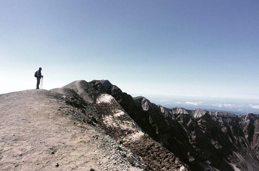 Climbing Mt St Helens